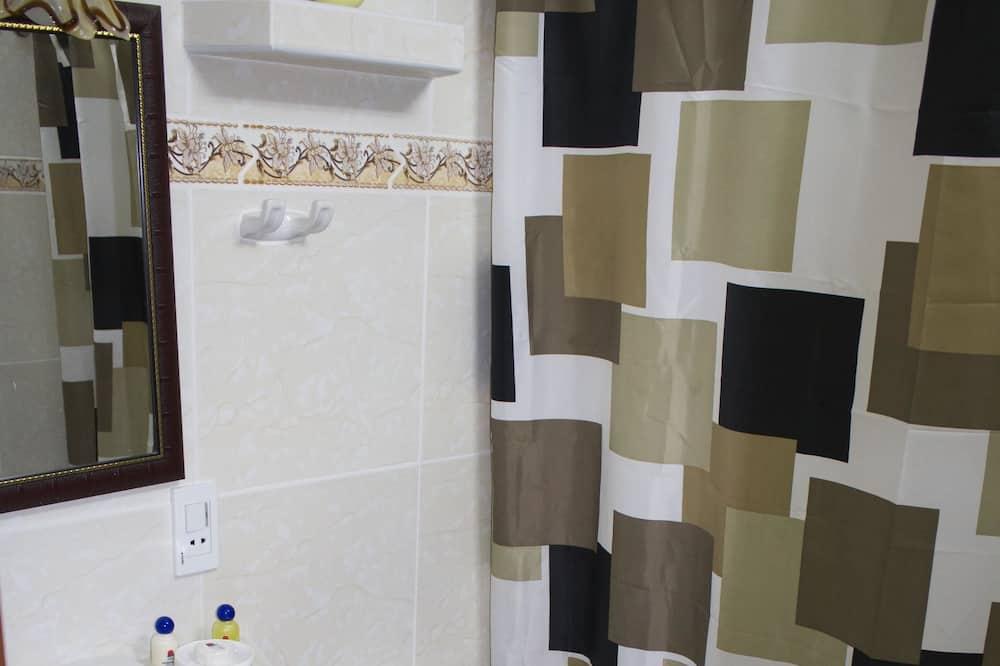 Trojlôžková izba typu Comfort, nefajčiarska izba - Kúpeľňa