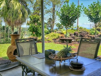 Picture of Hilltop Vacation Rental in Hilo