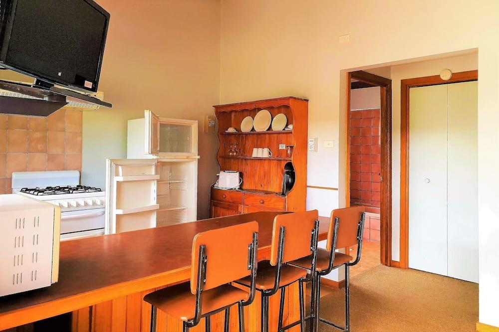 Стандартный коттедж, 1 спальня (Cottages 1, 2, 3, 4, 5, 15) - Обед в номере