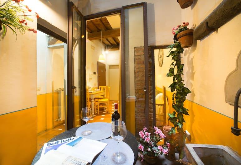 Fiesolana 4 - In the Heart of Sant'ambrogio, Florens, Lägenhet - 1 sovrum - icke-rökare, Vardagsrum