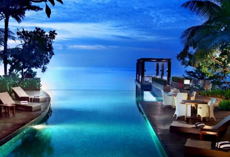 The Malibu Suites Balikpapan by Sissae Living, Balikpapan, Kültéri medence