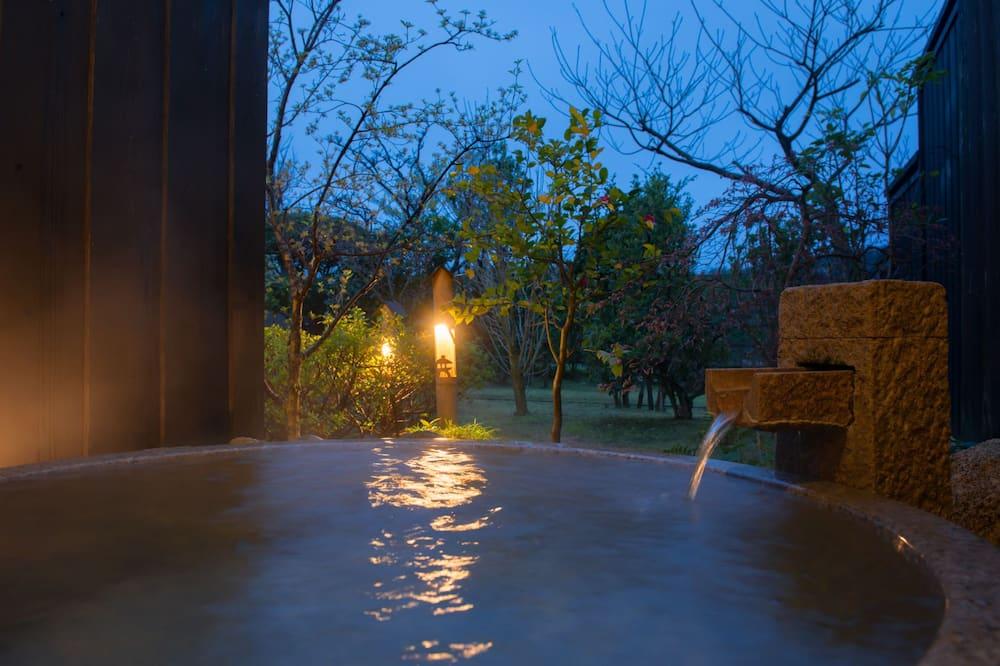 Tradicinio tipo kambarys (Japanese Style) - Gili vonia
