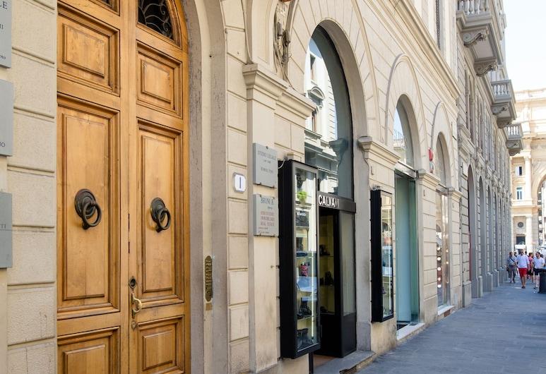 Speziali 1 B - Keys of Italy, Florence, Entrée de l'hébergement