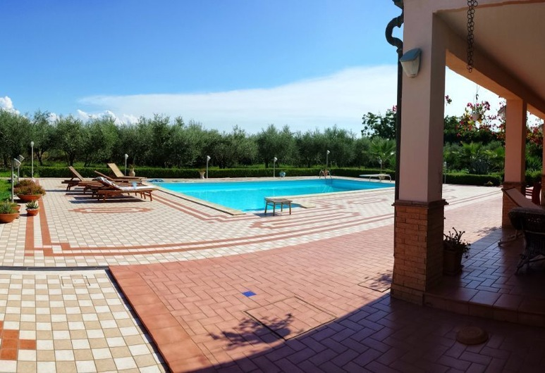 B&B Spineta Pool, Battipaglia