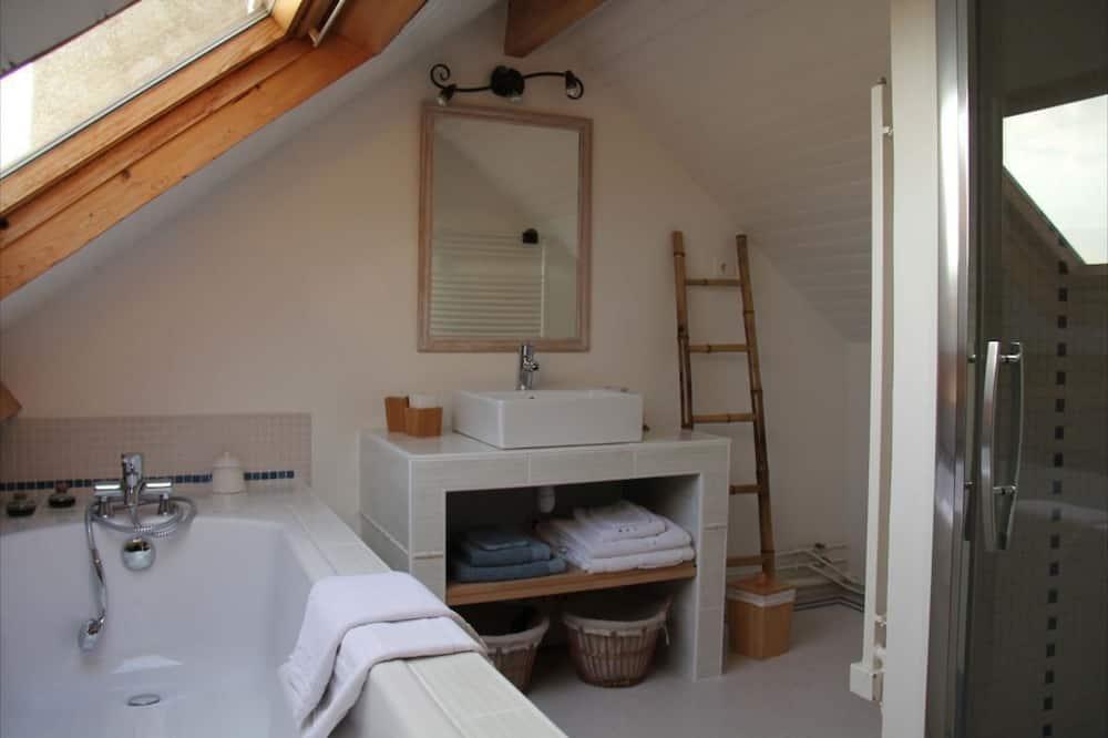 ห้องพัก (Marjolaine) - ห้องน้ำ