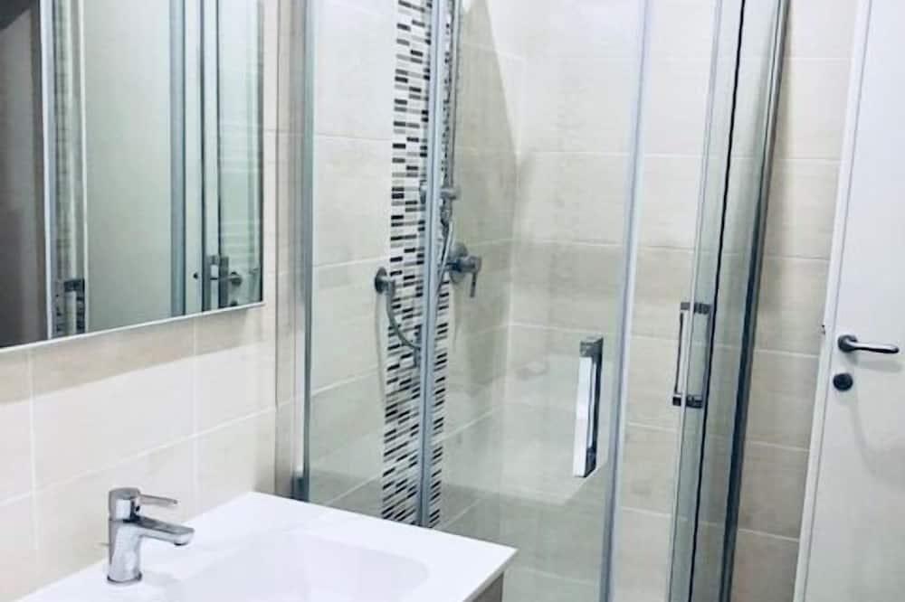 Apartamentai šeimai, 4 miegamieji - Vonios kambarys