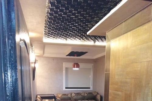 坦哈巴爾亞貝爾公寓飯店/