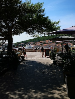 Picture of M & J Central Suites in Korcula