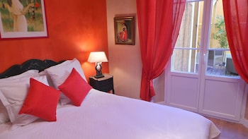 Picture of Hotel Le Relais Du Postillon in Antibes