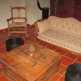 شقة عائلية - غرفتا نوم - منظر للحديقة - منطقة المعيشة