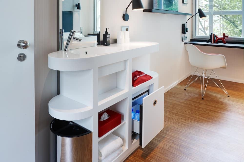 Enkeltrom, 1 dobbeltseng - Vask på badet