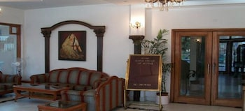 Picture of ADB Rooms Hotel Diana Palace in Jaipur