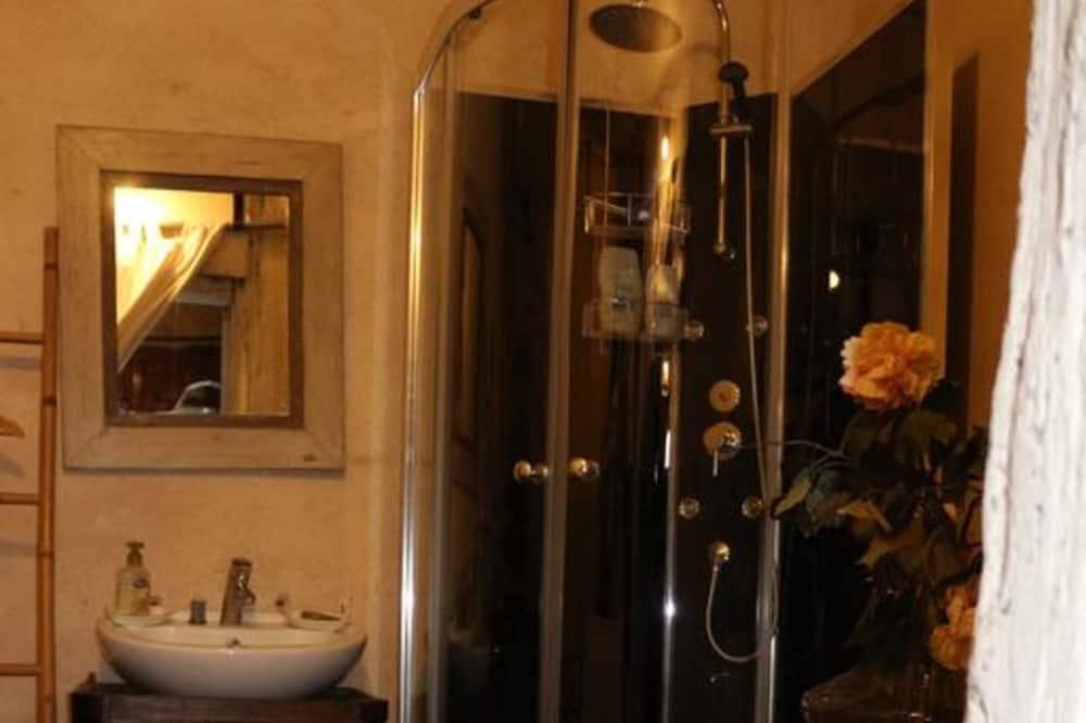 Habitación familiar - Regadera en el baño