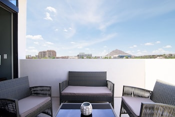 Picture of Sonder - Old Town Suites in Scottsdale