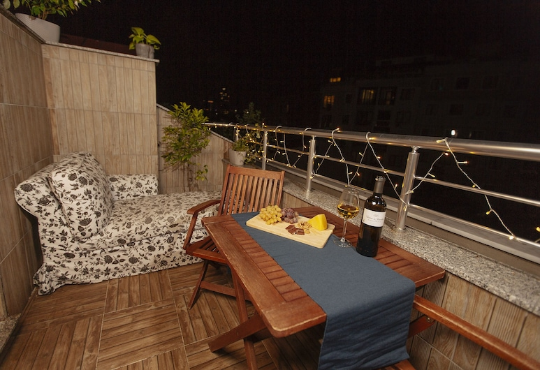 Rooftop Duplex at the Heart of Istanbul, Istanbul, City Apartment, 2 Bedrooms, Terrace, Terrace/Patio