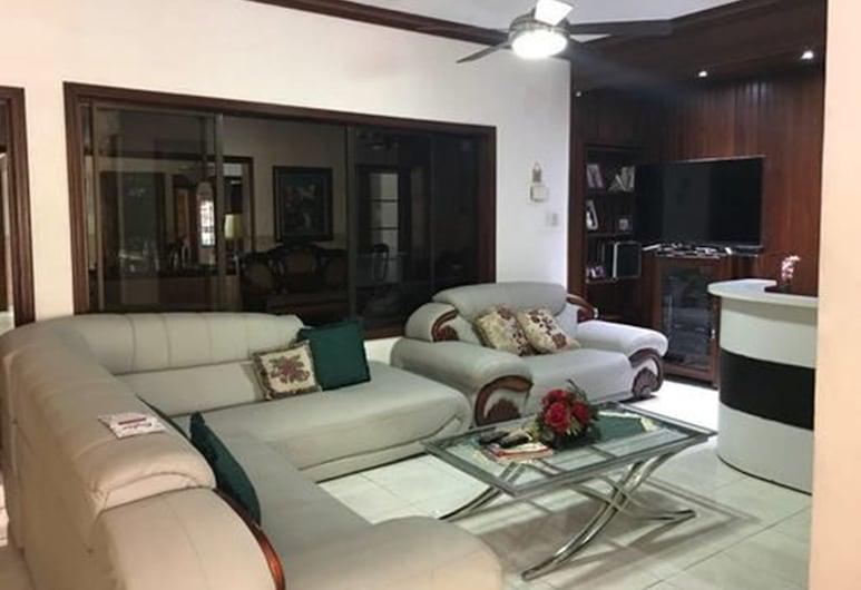 Torres Apart Studio, Santo Domingo, Wohnzimmer