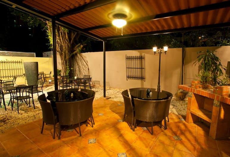 Hotel Boutique Lemon Inn, Panama City, Terrace/Patio