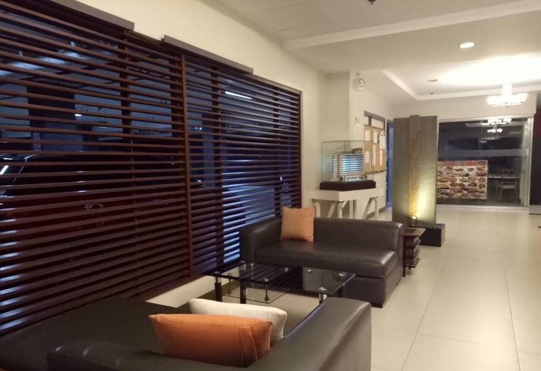One Bedroom Studio Flat near IT Park, Cebu, Lobby Sitting Area