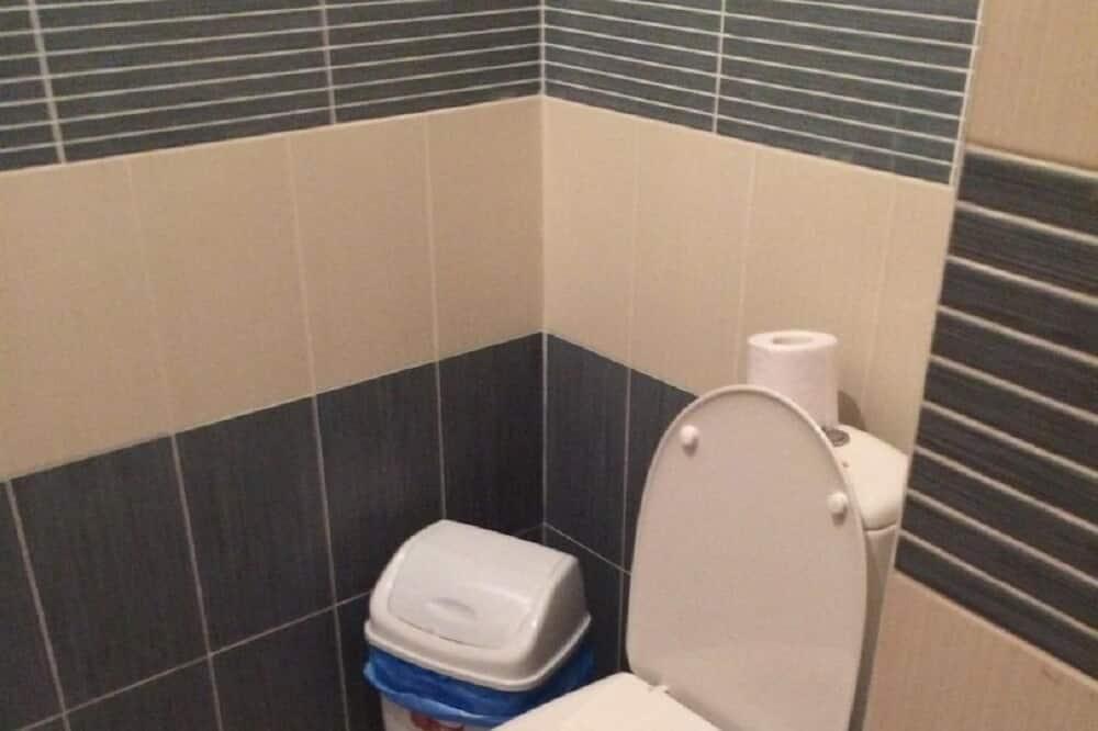 Shared Dormitory, Mixed Dorm (10 beds) - Bathroom