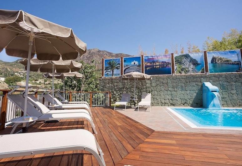 索菲諾蒂菲歐度假村, Forio, 室外泳池