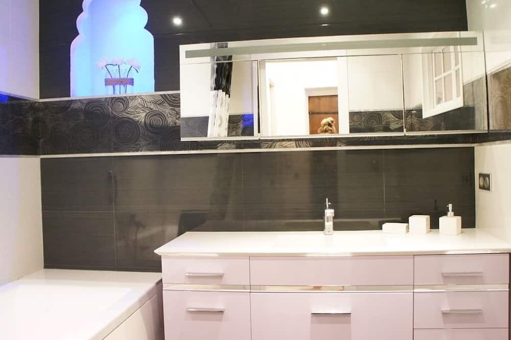 อพาร์ทเมนท์, ห้องน้ำในตัว (Les Logettes) - ห้องน้ำ