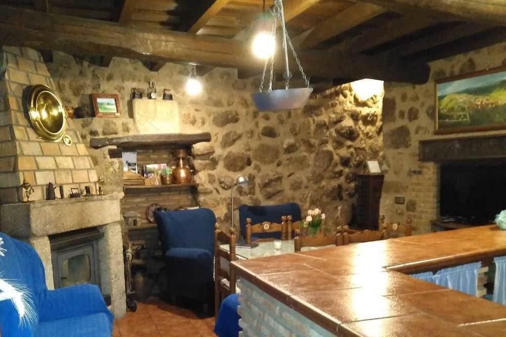 Domek, 3 ložnice - Obývací prostor
