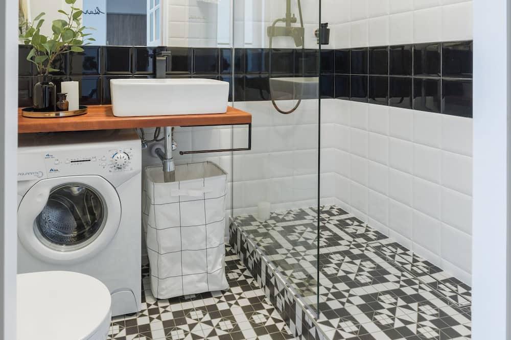 コンフォート アパートメント - バスルーム