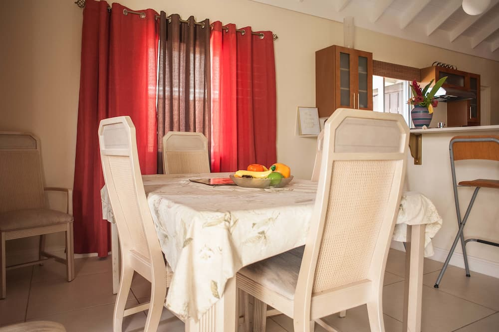 Dom rodzinny, 2 sypialnie, przystosowanie dla niepełnosprawnych, dla niepalących - Wyżywienie w pokoju