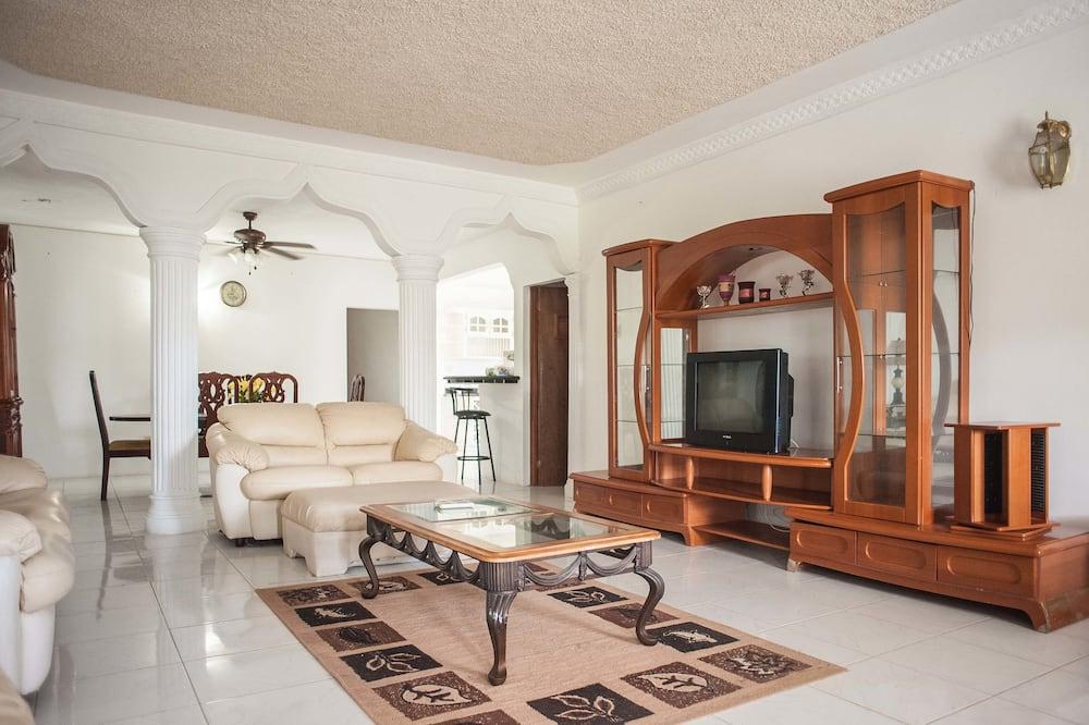 בית, מיטת קינג, ללא עישון - תמונה