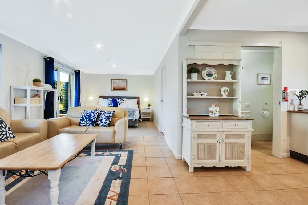 Luxury maja, 5 magamistoaga, vaade aeda - Lõõgastumisala