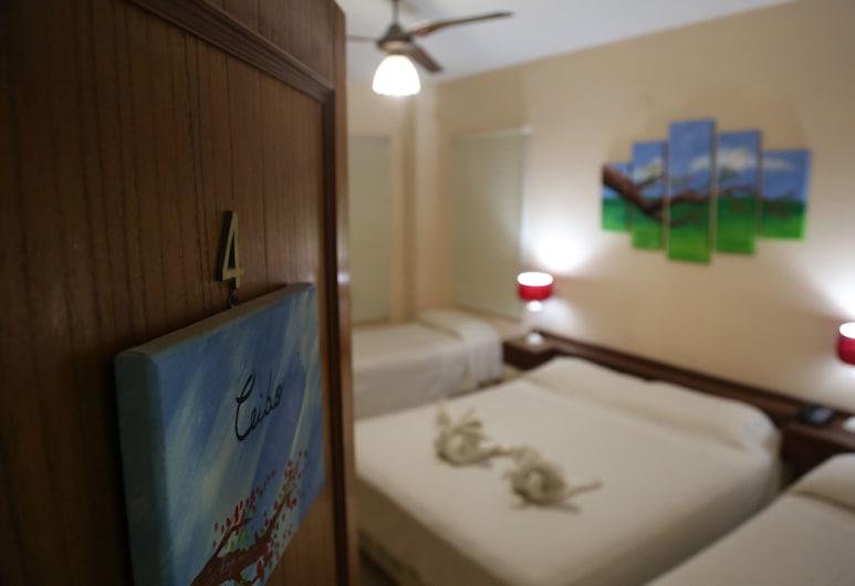 Vista del Sol bed and breakfast, Pinto, Phòng 4 Tiêu chuẩn, 1 phòng ngủ, Không hút thuốc, Phòng tắm riêng (Lirios), Phòng