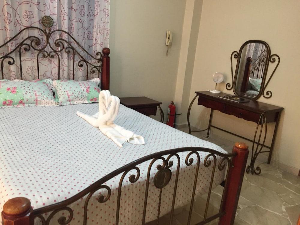 Book Suite La Terrazza in Guayaquil | Hotels.com