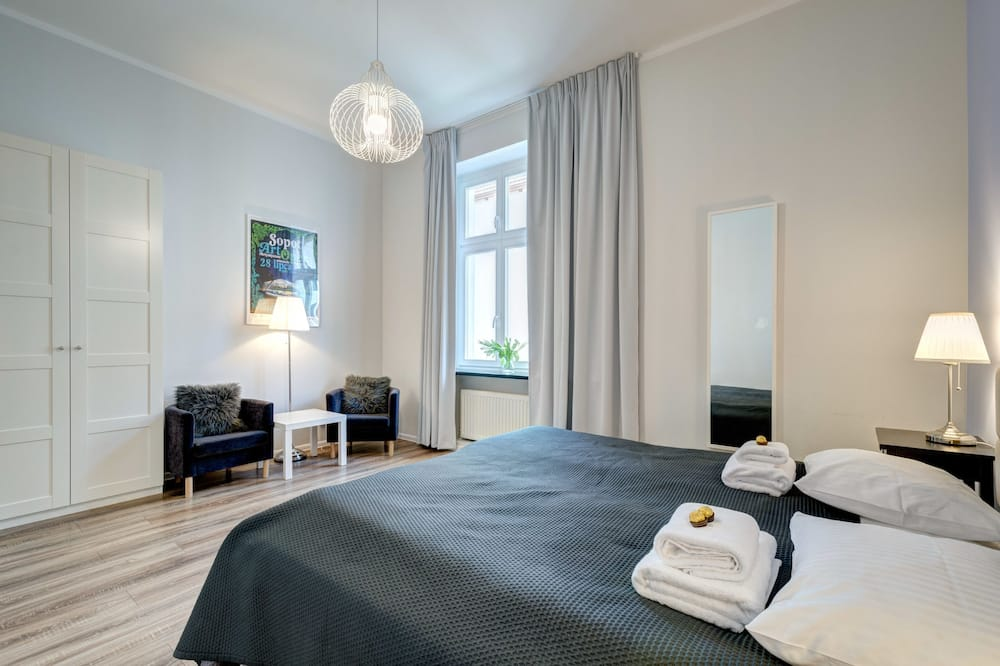 Deluxe Apartment (10 occupants ) - Guest Room