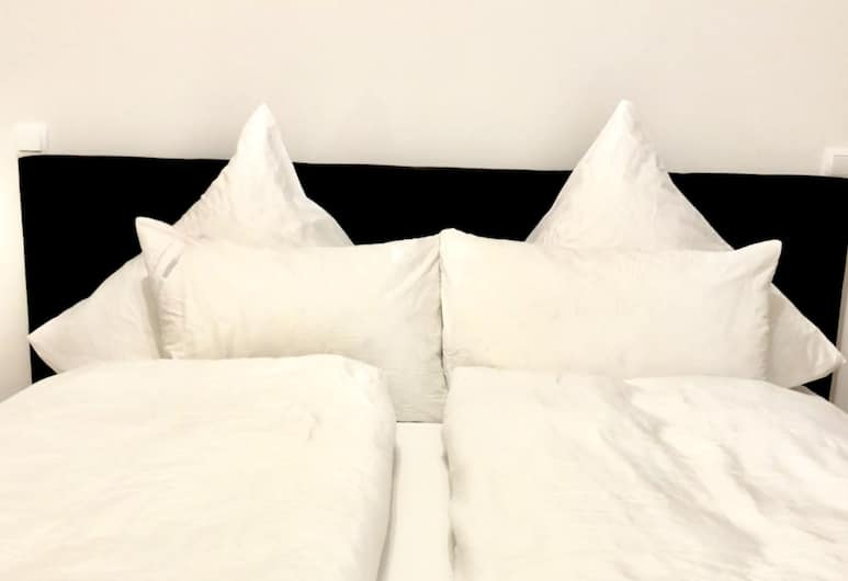 Q! Apartments Berlin ALEX, Berlin, Standard Double Room, 1 King Bed, Non Smoking, Room