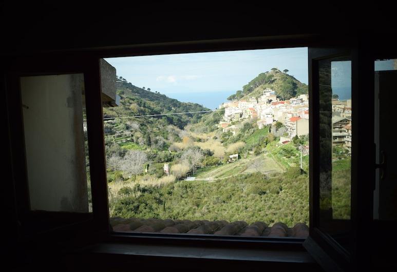 Villa Pollicino, Messina, Economy appartement, 1 slaapkamer, niet-roken, terras (Stromboli), Kameruitzicht