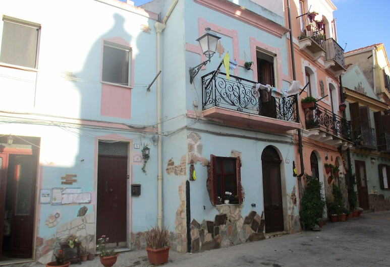 L'Antica Locanda, Iglesias, Hotellin julkisivu