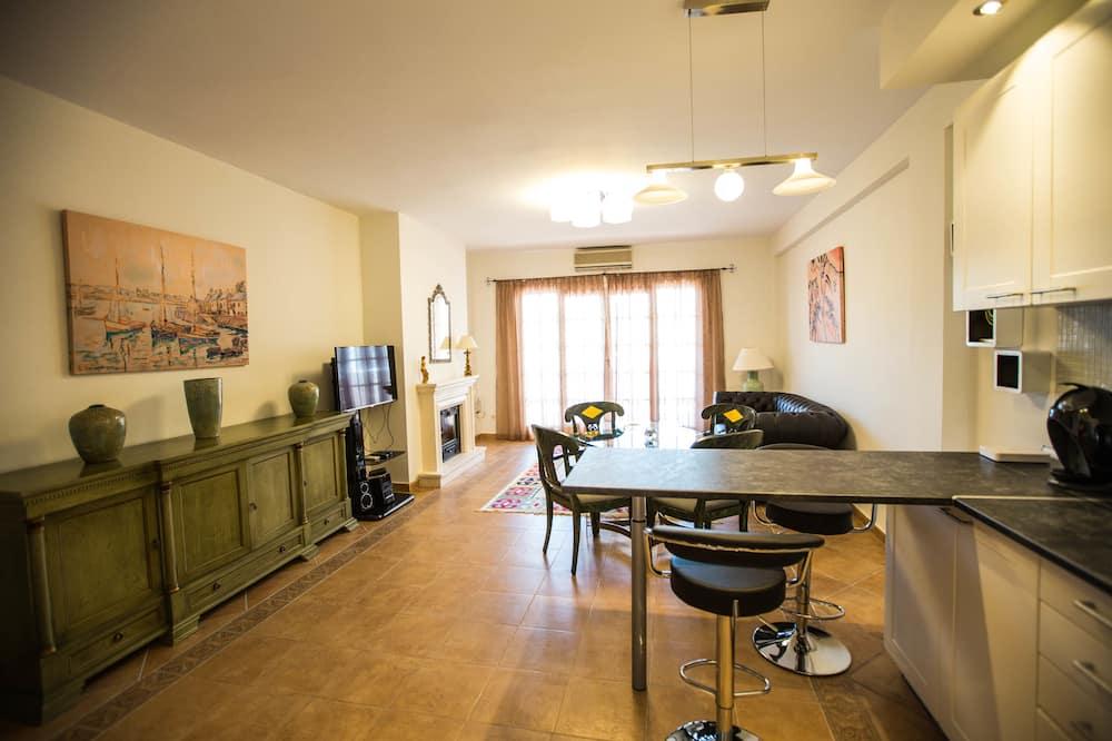 Apartamento, 3 Quartos, Vista Piscina - Área de Estar