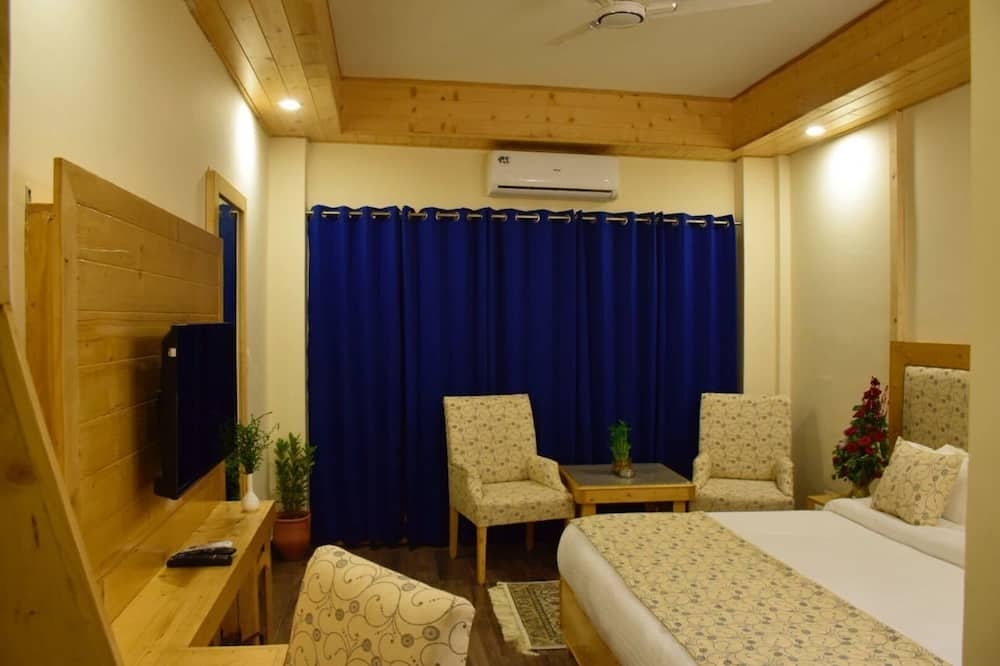 Premium Double Room, 1 Double Bed, Smoking - Guest Room