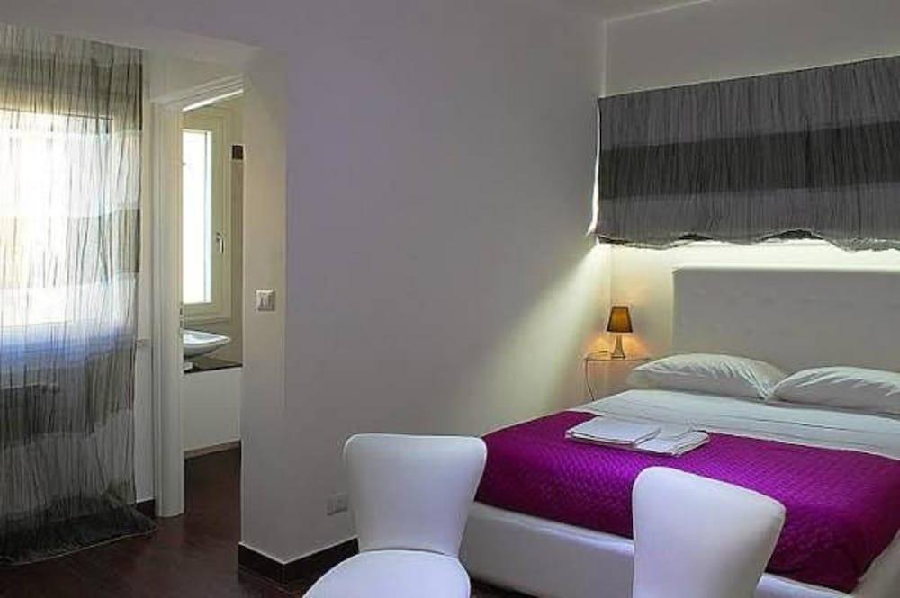 Book B&B La Terrazza sul Duomo in Reggio di Calabria   Hotels.com