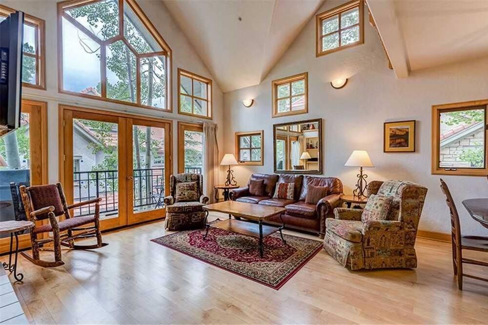 Māja, vairākas gultas (Aspen Ridge 32) - Dzīvojamā zona