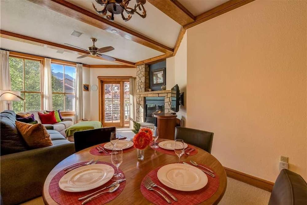 Condo, Multiple Beds (Palmyra 3E) - In-Room Dining