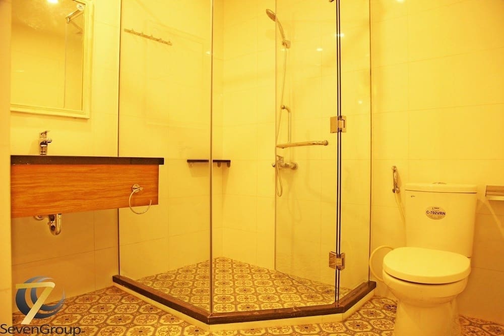Luxury Studio, 1 Queen Bed - Bathroom