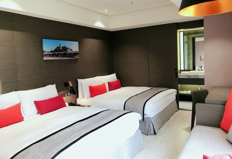 Icasa By GoGo Hotel, Taichung, Deluxe Quadruple Room, Guest Room
