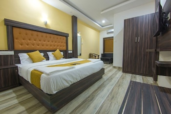 Picture of Hotel Kochi Crown in Cochin