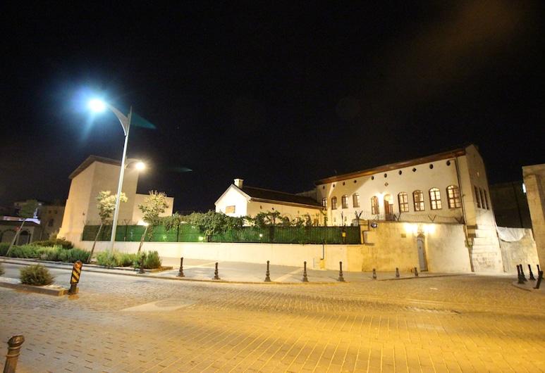 Aynur Hanim Konagi Gaziantep, Gaziantep, Pohľad na hotel – večer/v noci