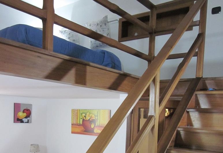 B&B Al Museo, Reggio Calabria, Classic Apartment, Multiple Beds, Non Smoking, Guest Room