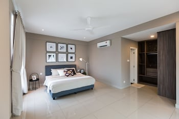 Picture of Spacious Seaview Suite in Penang