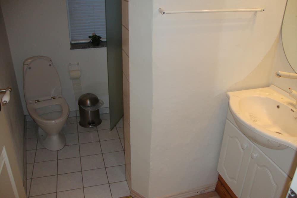 Suite - Bathroom