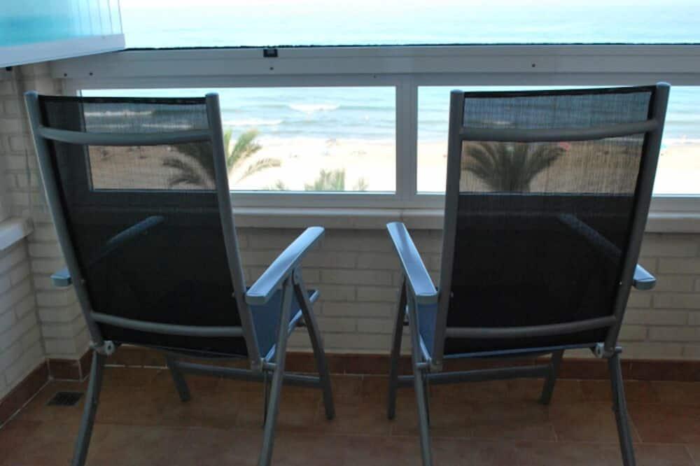Апартаменты, 3 спальни - Вид с балкона