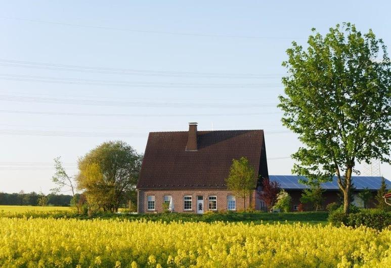 Landhaus Holthausen, וורנה